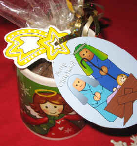 Nativty Gift Ornament